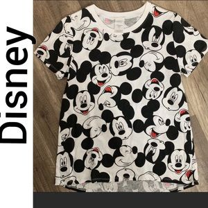 Mickey Mouse tee NWOT